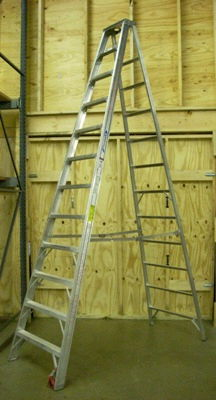 Where to find Ladder 14 Ft Aluminum Step in Burnsville