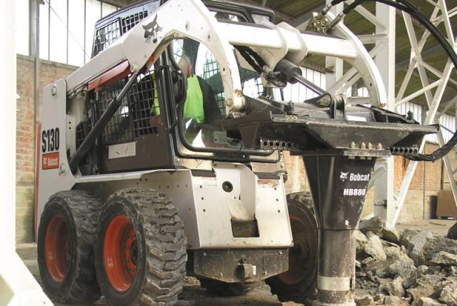 Where to find SKID STEER S550 W BREAKER in Burnsville