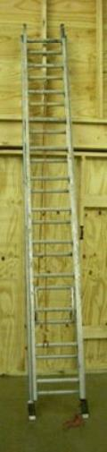 Where to rent Ladder 24 Ft Ext W  LEVELERS in Burnsville MN
