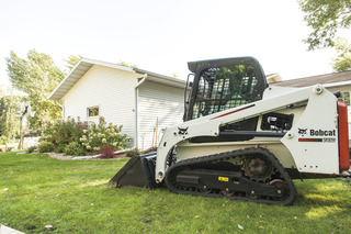 Where to find SKID STEER T-450 LOADER TRACKED in Burnsville