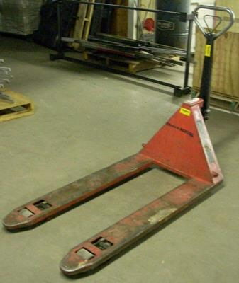 Where to find PALLET JACK NARROW 2 TON in Burnsville